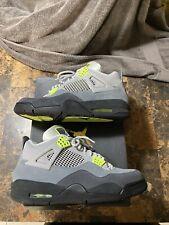 Jordan 4 Retro SE Neon 95 size 10 men