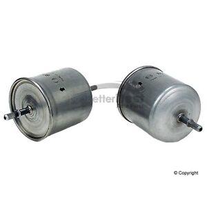 One New Bosch Fuel Filter 71068 for Volvo C70 S40 S60 S80 V40 V70 XC70 XC90