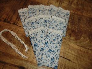 10 Säckchen zum selbstbefüllen *blaue Blümchen+Spitze* 13x6 cm 210108/1