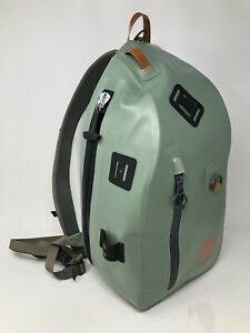 Fishpond Submersible Sling Pack Yucca Fly Fishing