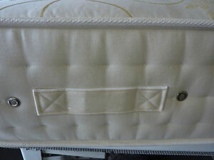 MATTRESS EXTRA FIRM HARD KINGSIZE OR DOUBLE 2000 POCKET SPRINGS EXTRA DEEP 11IN