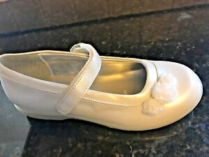 Stride Rite OFF White (cream) Pearlized Mary jane Shoes Little Girls SZ 10 1/2 M