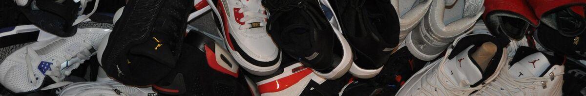 SneakerHeads_Shoe_Store