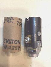 6 PACK Candelabra Lamp Holder Socket Light 75W 125V Hickey Bulb Keyless Cover