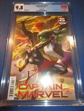 Captain Marvel #15 Lee Connecting Variant Avengers CGC 9.8 NM/M Gem Wow