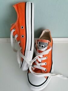 Boys / Girls Converse All Star Sneakers Size UK 13