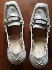 TOD'S WOMEN'S GENUINE LEATHER DRIVING LOAFERS -White, Size 9(fits like size 7-8)