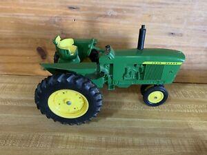 Toy John Deere Utility Tractor Die-Cast Metal