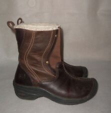 KEEN BROWN BOOTS SIZE 6