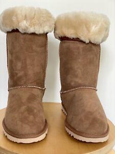 RM Williams UGG Sheepskin Boots Chestnut - BRAND NEW - RARE