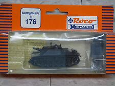 Roco Minitanks  (NEW) WWII German Stug III Sd Kfz Assault Gun Tank  Lot 141K