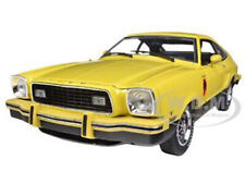 1976 FORD MUSTANG II STALLION YELLOW & BLACK 1/18 DIECAST MODEL GREENLIGHT 12889