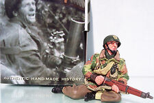 King & Country Operation Market Garden Mg027 Polish Paratrooper Sitting Mib
