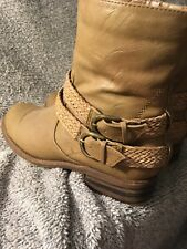 Ladies Western Style Boot by White Mountain Size 7.5 M