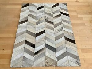 New Cowhide Rug Leather. Animal Skin Patchwork Carpet. Size : 3 x 4 ft