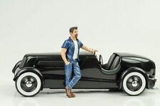 Figurine Hanging out Mark 1:18 American Diorama - No Car