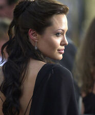 Angelina Jolie UNSIGNED photo - F473 - Beowulf, Alexander, Salt & Hackers