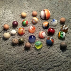 Antique Vintage LOT OF 25  OLD  MARBLES....PELTIER-CLAY-MARBLE KING AND OTHERS