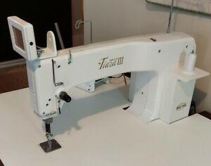 Babylock Tiara 3 Sit Down Long Arm Quilting Machine W/Koala custom woodTable