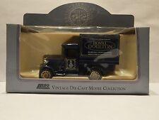 LLEDO LP51 018 1934 Chevrolet box van-BBC antique Roadshow-Royal Doulton
