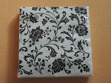 1 PACKUNG 20 Servietten weiß schwarz Muster Blumen ornamente COCKTAILSERVIETTEN
