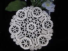 """vtg 4"""" INCH ROUND SILVER SNOWFLAKE LACE FOIL PAPER DOILY 10 PCS CRAFT CARD shiny"""