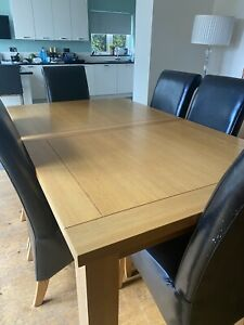 Solid Oak Extendable Dining Table And 6 Chairs USED