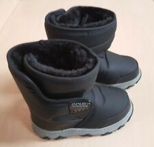 Khombu Juniper Winter Snow Boots w/ Thermolite Insoles - UK 10 Kids - Black  NEW