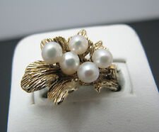 c277 Beautiful Vintage (5) Pearl Ring on a Bed of Leaves in 14k Yellow Gold