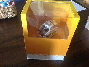 Anki Cozmo Robot Electronique avec cubes chargeur notice et boite d'origine