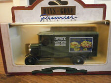 Lledo Days Gone 1931 Morris Van with Lipton and Lapford decals