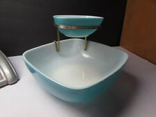 RARE VINTAGE PYREX CHIP AND DIP BOWL SET TURQUOISE WITH WIRE RISER
