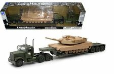 NEWRAY 1:32 FREIGHTLINER LONGHAULER ARMY TRAILER WITH M1A1 TANK PLAY SET 61285