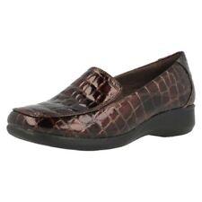 Chaussures plates et ballerines vernies marron pour femme