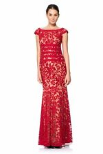 TADASHI SHOJI BOATNECK TEXTURED LACE RED/NUDE MERMAID GOWN sz 10