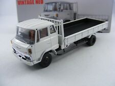 Hino Ranger KL545 in weiß,Tomytec Tomica Limited Vintage Neo LV-N162a,1/64