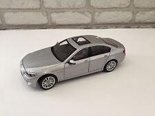 BMW 550i F10  1:18 Norev Dealer Edition