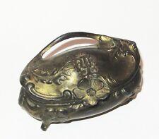 Ancienne boite à bijoux en régule intérieur soie capitonnée goût art nouveau