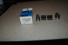 GENUINE  FORD OEM BOX OF 4 CLIPS F57Z9D726A