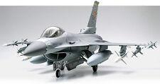 Tamiya F16CJ Fighting Falcon 1/32 airplane model kit new 60315