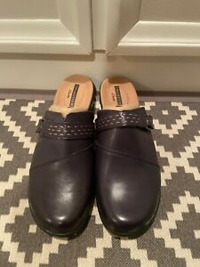 Clarks Leisa Sadie Navy Leather Mules in Size 8 Wide-NEW w/o Box