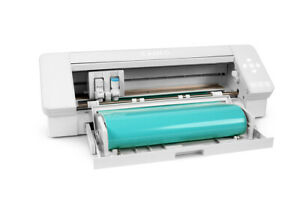 Silhouette Cameo 4 - Updated Autoblade, 3x Speed, Roll Feeder and more...