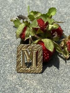 14K Yellow Gold Letter M Initial Charm