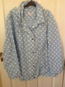 pale blue / white spotted raincoat mac concealed hood in collar by damart 18/20
