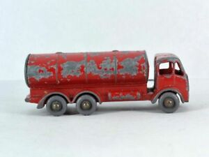 E.R.F. ROAD TANKER ~ Matchbox Lesney 11 B ~ Made in England in 1958