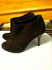Kenneth Cole REACTION Joni Arc Black Suede Ankle Booties Size 7.5M