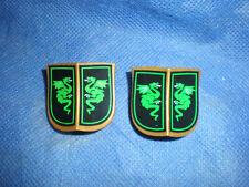 PLAYMOBIL 4586 SPECIAL Vert Chevalier du dragon 2 x BOUCLIERS carré doré top