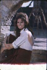 RAQUEL WELCH- BY DOMINIC - FOR 100 RIFLES 1969  - COLOR SLIDE- TRANSPARENCY