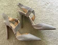 Vince Camuto Leather Calin Textured Heels ,size 9