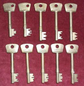 10 old Brass Chubb Keys used